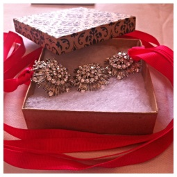 I won't this amazing brooch necklace from Adorn You! Check them out on Facebook - https://www.facebook.com/AdornU2.
